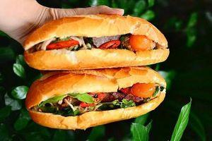 Lót dạ bằng ổ bánh mì xíu mại và phá lấu khìa hay cả siêu thị bánh tráng mix đủ vị?