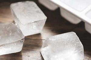 Những công dụng bất ngờ ít biết của đá lạnh