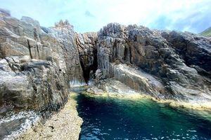 Ngắm 'hồ bơi giữa biển' Việt Nam y hệt cảnh Bắc Âu