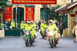 Nỗ lực thầm lặng của những chiến sĩ cảnh sát giao thông