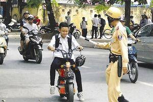 Bỏ quy định người điều khiển xe đạp điện, xe máy điện phải có bằng lái hạng A0