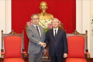 Thường trực Ban Bí thư Trần Quốc Vượng tiếp Đại sứ Nhật Bản tại Việt Nam