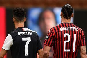 Ảnh kể: Ronaldo ghi bàn nhưng vẫn bị 'già gân' Ibrahimovic vùi dập