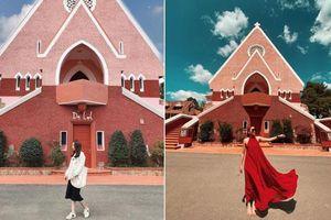 Ngắm 3 nhà thờ màu hồng độc đáo ở Việt Nam