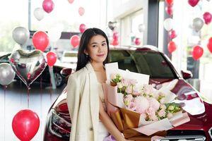 Hotgirl Ngọc Thảo gây 'choáng' khi vừa mua nhà lại tậu thêm 'xế khủng' bạc tỷ mừng sinh nhật tuổi 30