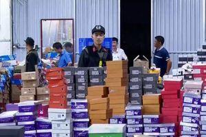 Danh tính 'ông chủ' kho hàng lậu 10.000m2 vừa bị công an đột kích ở Lào Cai