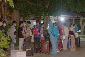 Nghệ An: Tiếp nhận và cách ly gần 300 người trở về từ nước ngoài