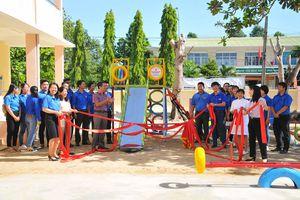 Khánh thành công trình thanh niên tại xã Suối Cát