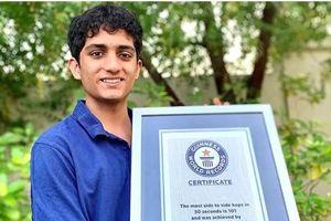 Teen lớp 11 được ghi vào sách Kỷ lục Guinness Thế giới vì nhảy qua cái thước kẻ