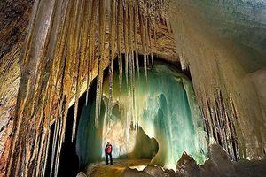 Những hang động kỳ bí bậc nhất thế giới