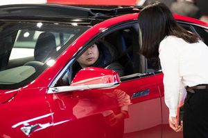 Tesla Model 3 bất ngờ thành trào lưu mới tại Hàn Quốc