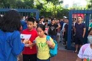 Nhiều trường 'hot' ở Hà Nội công bố điểm chuẩn vào lớp 6