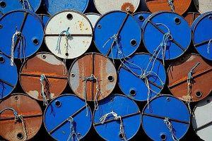 Giá dầu hôm nay biến động trái chiều, tồn kho dầu tại Mỹ tăng cao