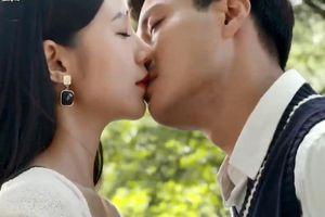 'Đừng bắt em phải quên' tập 23, Duy hôn Ngọc để ngăn lời chia tay