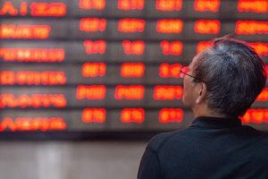Cổ phiếu mới IPO tăng vọt gần 10 lần trong 'cơn cuồng' cổ phiếu của nhà đầu tư Trung Quốc
