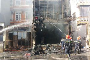 Lô hàng trăm triệu đồng hóa tro sau đám cháy lớn tại Huế