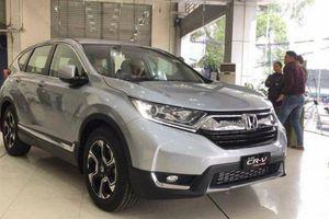 Honda CR-V nhập khẩu khan hàng, chờ ra bản lắp ráp