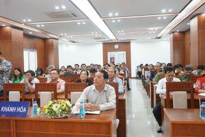 Hội nghị báo cáo viên Trung ương tháng 7-2020