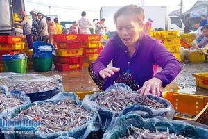 Không có chuyện cảng cá làm khó doanh nghiệp