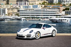 Porsche 911 GT3 RS 4.0 bản đặc biệt được bán đấu giá