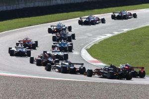 Mùa giải F1 bổ sung 2 chặng đua, hồi hộp chờ chặng Hà Nội