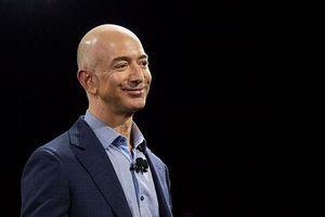 Hành trình của Jeff Bezos để trở thành người giàu nhất thế giới