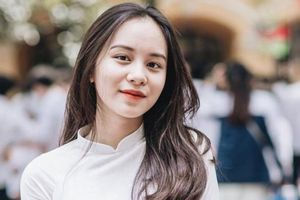 Nữ sinh Phan Đình Phùng nổi bật trong lễ bế giảng năm 2018 giờ ra sao?