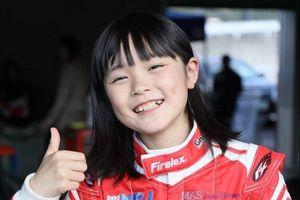 Học đua xe từ 3 tuổi, muốn là tay đua nữ đầu tiên vô địch F1