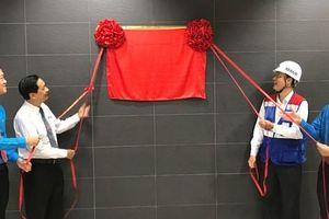 Gắn biển công trình chào mừng Đại hội Đại biểu Đảng bộ TP HCM