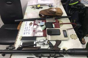 'Ông trùm' cầm đầu đường dây ma túy trang bị 6 khẩu súng, 540 viên đạn 'máu mặt' cỡ nào?