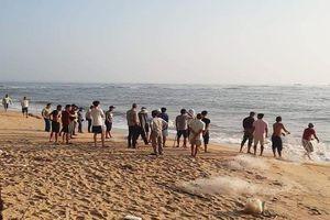 Nam thanh niên mất tích khi tắm biển ở Hạ Long