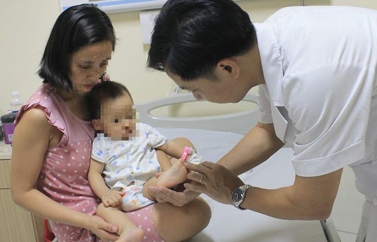Hà Nội: Dịch tay chân miệng đang tăng cao