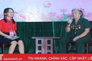 Hơn 180 đại biểu Cháu ngoan Bác Hồ giao lưu 'Tiếp lửa truyền thống' với cựu TNXP Hà Tĩnh
