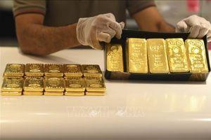 Giá vàng châu Á hướng tới tuần tăng thứ 5 liên tiếp