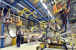 Nửa năm, ngành công nghiệp tăng thêm 2,7%