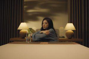Tái xuất sau hai năm ly hôn, Lâm Á Hân chia sẻ chuyện từng bị mẹ 'từ mặt'