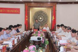 Đồng chí Phạm Minh Chính, Ủy viên Bộ Chính trị, Bí thư Trung ương Đảng, Trưởng Ban Tổ chức Trung ương làm việc với Ban Thường vụ Tỉnh ủy Thanh Hóa