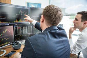 Chứng khoán tháng 7, cơ hội tích lũy cổ phiếu