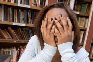 Bức thư nhức nhối của một du học sinh: 'Nước Mỹ ơi, chúng tôi kiệt sức rồi'