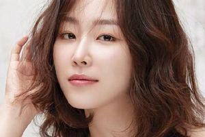 Trong thế giới fangirl: Chị Seo Hyun Jin đưa tôi đáp án vượt qua những khó khăn