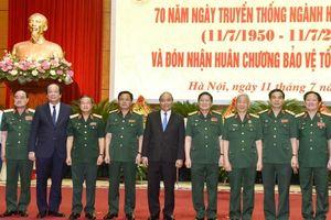 Ngành Hậu cần quân đội nhận Huân chương Bảo vệ Tổ quốc hạng nhất