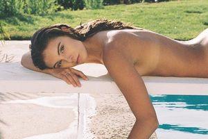 Ảnh nude táo bạo gợi cảm của người đẹp Mỹ Carmella Rose