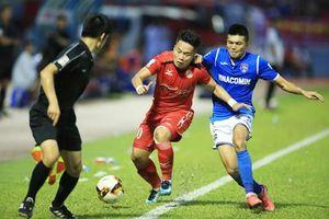 Trực tiếp Than Quảng Ninh vs TP.HCM: Chiến vì ngôi đầu