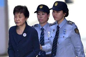 Cựu Tổng thống Hàn Quốc lĩnh án 20 năm tù giam
