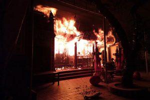 Cảnh giác với cháy, nổ tại nơi thờ tự, cơ sở tôn giáo