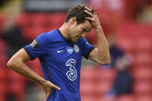Chelsea thua sốc, dâng cơ hội vào top 4 cho M.U