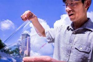 Biến nhựa trong suốt từ vật liệu cách điện thành dẫn điện