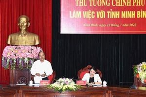 Thủ tướng kiểm tra tiến độ giải ngân vốn đầu tư công tại Ninh Bình