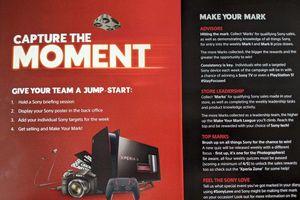 PlayStation 5 màu đỏ đen rất ngầu vừa xuất hiện
