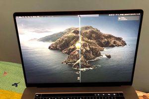 Sử dụng miếng che webcam có thể làm hư màn hình laptop
